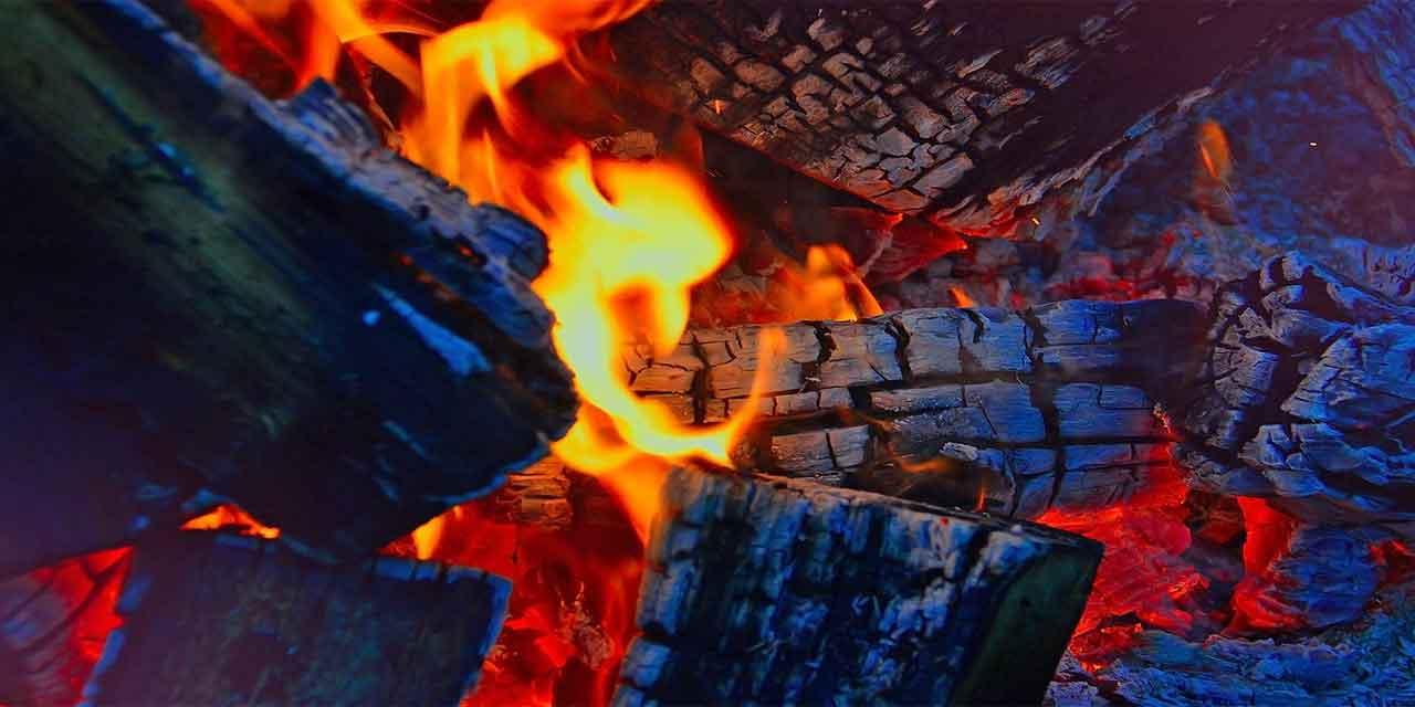 Az ateş çok odun yakar