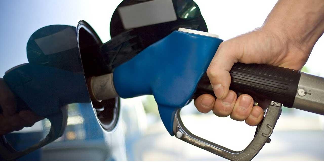 1 litre benzin yakıldığında ortaya çıkan karbondioksit yaklaşık kaç gram olur