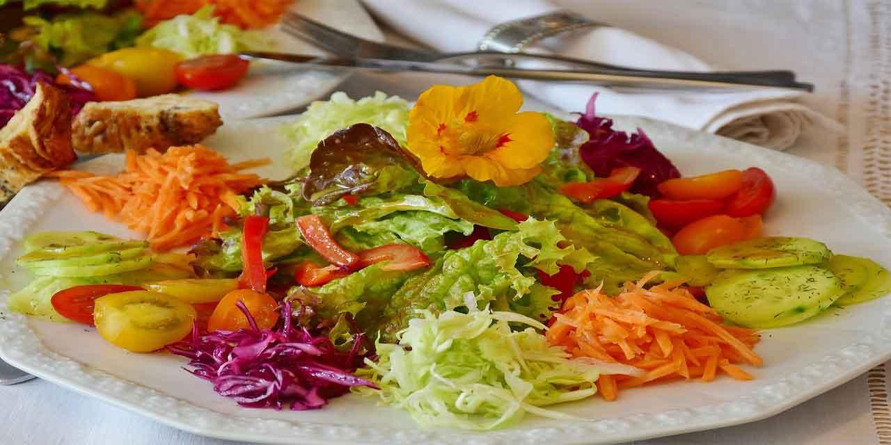 Beden ve kalp sağlığı için tüketilmesi gereken 10 besin