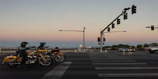 Trafikte aydınlatmanın yetersiz olduğu, hava koşullarının fark edilmeyi güçleştirdiği durumlar