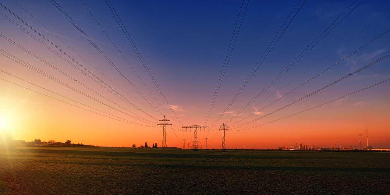 Hidroelektrik, termik ve nükleer santrallerin dışında başka hangi yöntemlerle elektrik enerjisi üretilir