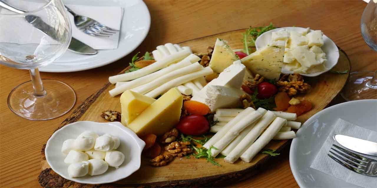 Hangi peynir çeşidi adını bir yerin adından almaz