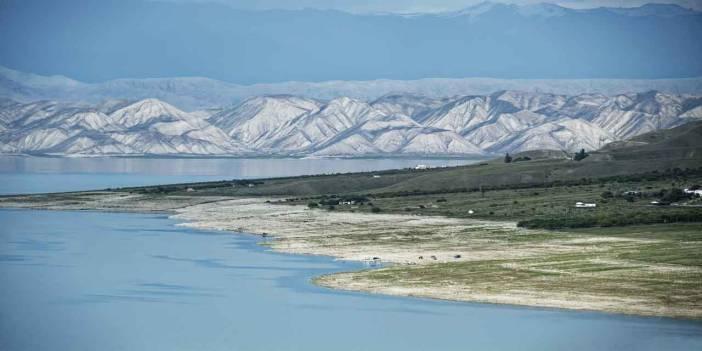 Hangi baraj diğerlerinden farklı bir nehir üzerindedir
